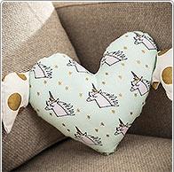 Idea creativa unicorno cuscino cuore