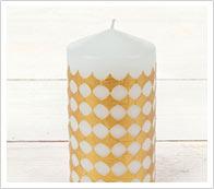 bougies avec les crayons de cire de designer