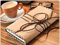 Tapa de libro de cuero