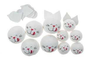 Wattekugeln,  10 Stück Katzen (30/22 mm)