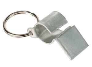 Sifflet de secours avec porte-clefs, la pièce
