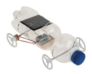 Recycling solar-voertuig met riemaandrijving