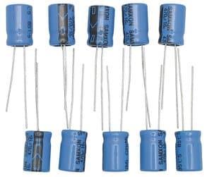 Condensador electrolítico (470 µF) 10 ud.