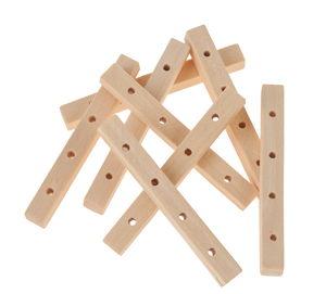 Holzperlen,  8 Stäbchen mit 4 Bohrungen (45x5 mm)