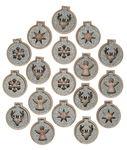 Houten mini kerstballen (30 x 35 mm) 18 stuks