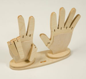 Houten reken handen + houten basis, 3-delig