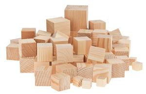Grenen houten blokken ass. 2e keus, ca 1000 gr.